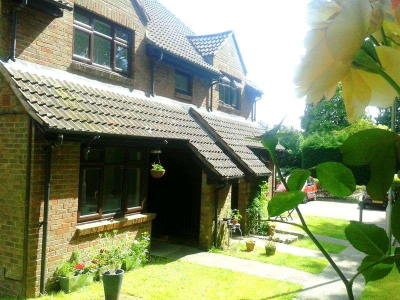 1 Bedroom Property for sale in Gordon Road, Camberley