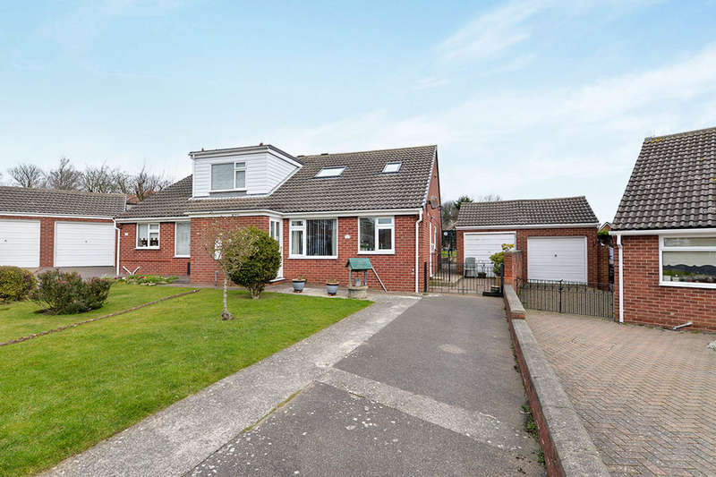 2 Bedrooms Bungalow for sale in Lime Grove, Whitby, YO21