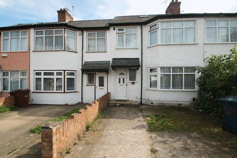 4 Bedrooms Property for sale in Crofts Road, Harrow