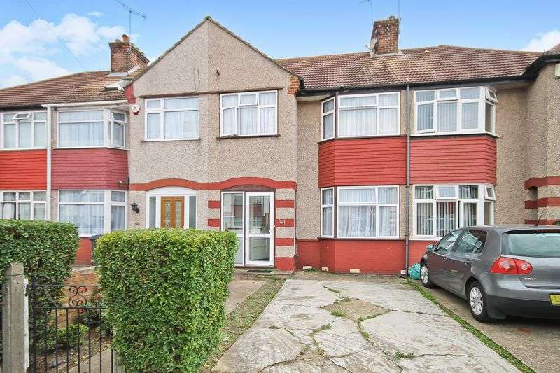 3 Bedrooms Property for sale in Kingsley Avenue, Southall