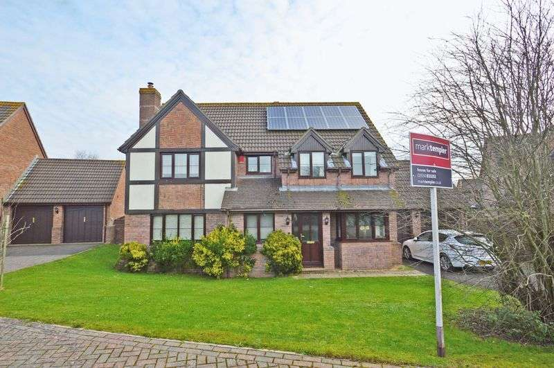 4 Bedrooms Property for sale in Wheatfield Drive, Wick St Lawrence