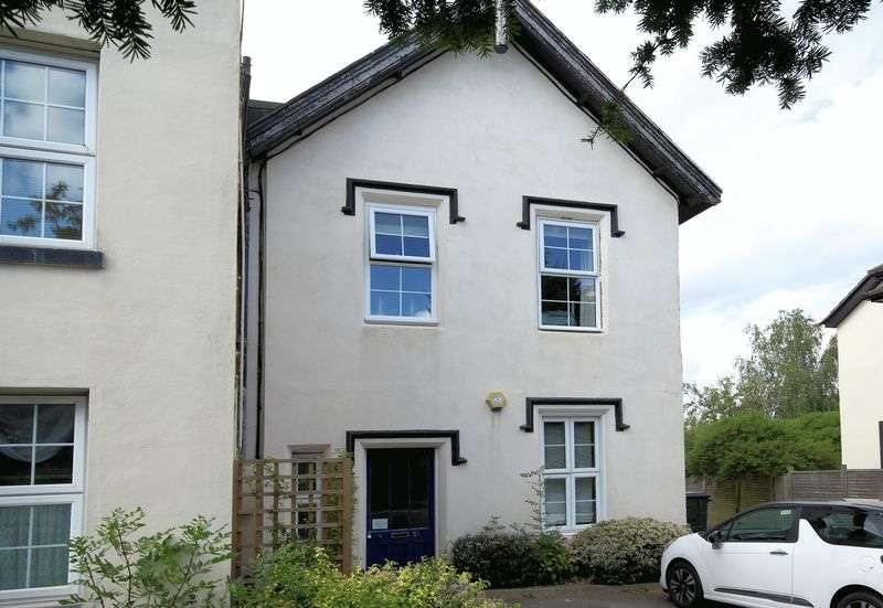 2 Bedrooms Property for sale in Shirley