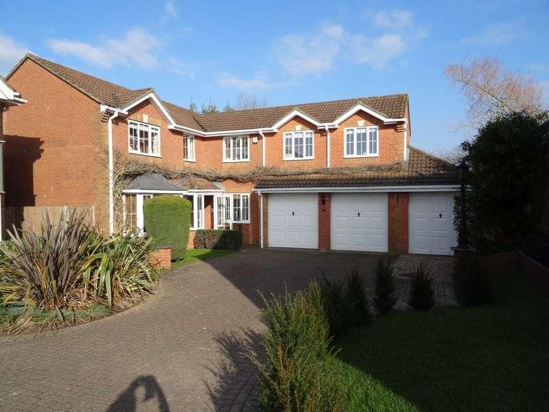 5 Bedrooms Detached House for sale in Meadowridge, Hatch Warren