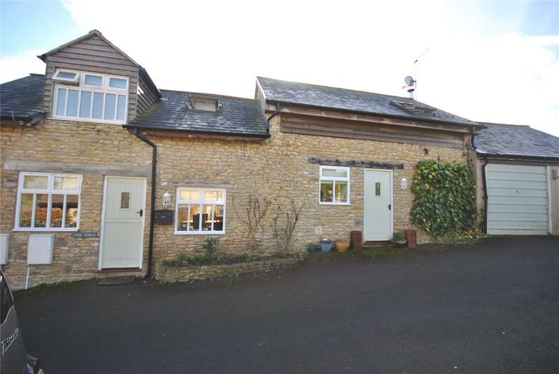 3 Bedrooms Detached House for sale in Higher Kingsbury, Milborne Port, Sherborne, Somerset, DT9