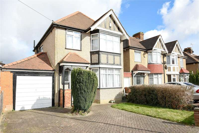 3 Bedrooms Detached House for sale in Park Crescent, Harrow, Middlesex, HA3