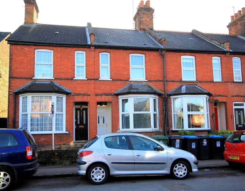 3 Bedrooms House for sale in CHARACTER FAMILY HOME IN WEYMOUTH STREET, APSLEY