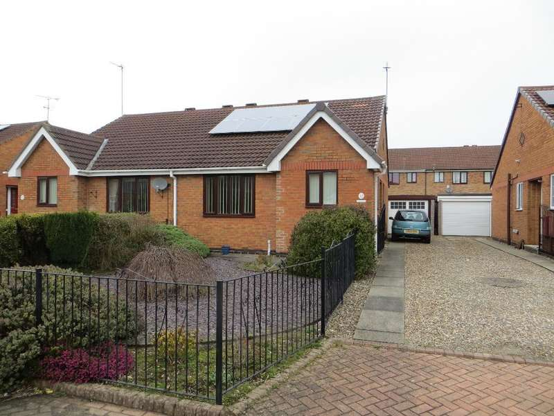 2 Bedrooms Bungalow for sale in The Rydales, Hull, HU5 1QD