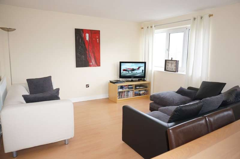 2 Bedrooms Maisonette Flat for sale in Leatham House, York Place, Wetherby.LS22