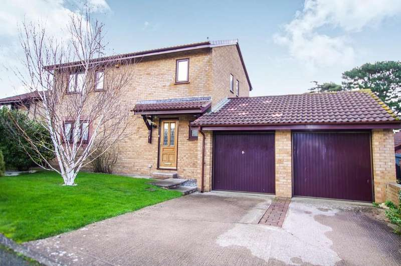 3 Bedrooms Detached House for sale in Maes Y Coed, Deganwy