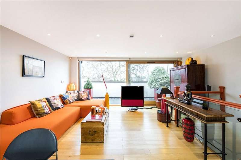 3 Bedrooms Flat for sale in Englands Lane, London, NW3
