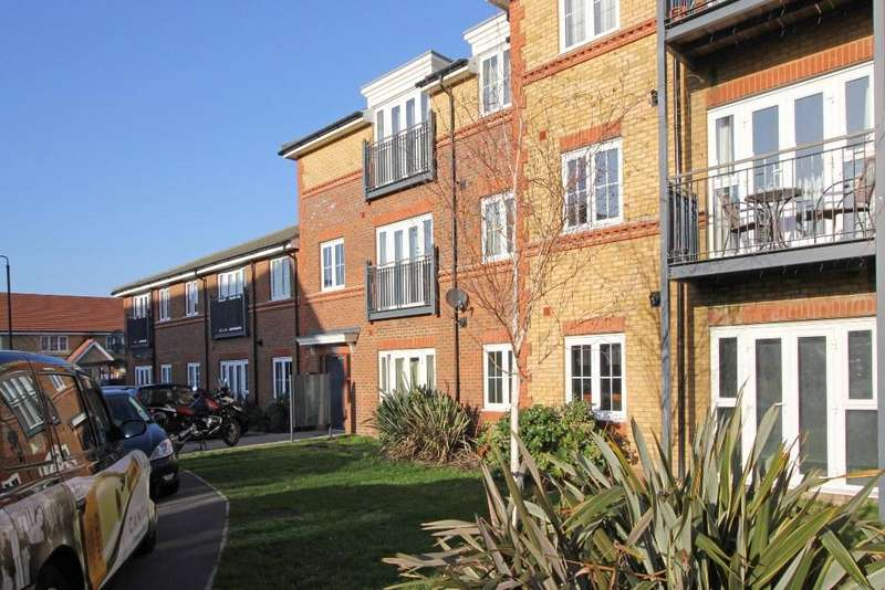 1 Bedroom Flat for sale in Medlar House, Streatham Vale SW16
