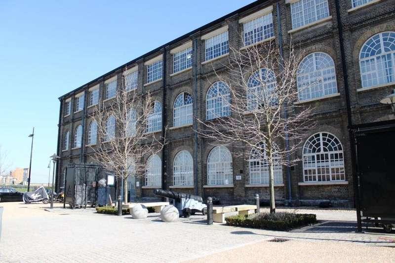 2 Bedrooms Flat for sale in Building 48, Royal Arsenal Riverside SE18