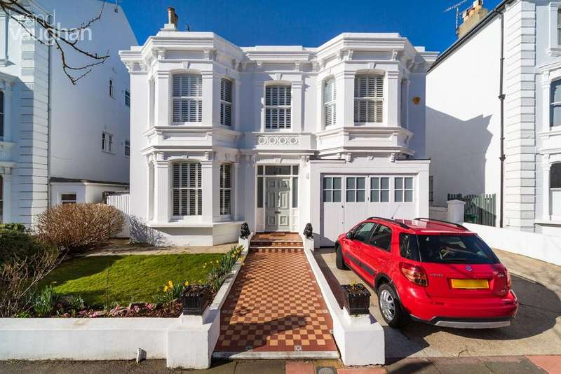 5 Bedrooms Detached House for sale in Westbourne Villas, Hove, BN3