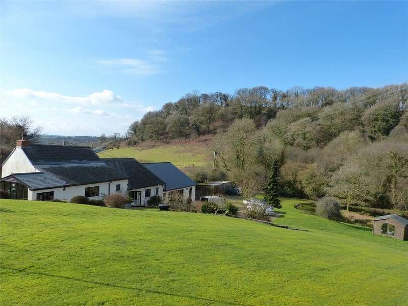 3 Bedrooms Detached House for sale in Rhiw Farm, Login, Whitland, Sir Gaerfyrddin