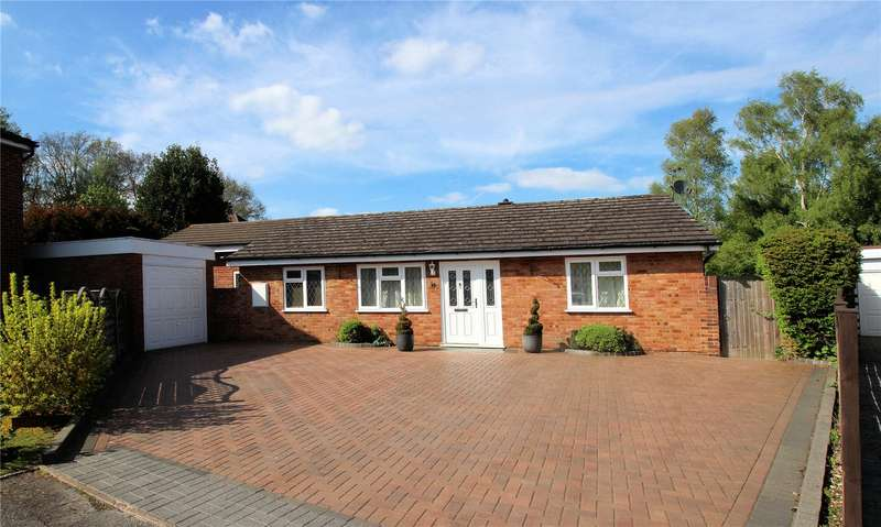 3 Bedrooms Detached Bungalow for sale in The Orchard, Woking, Surrey, GU22