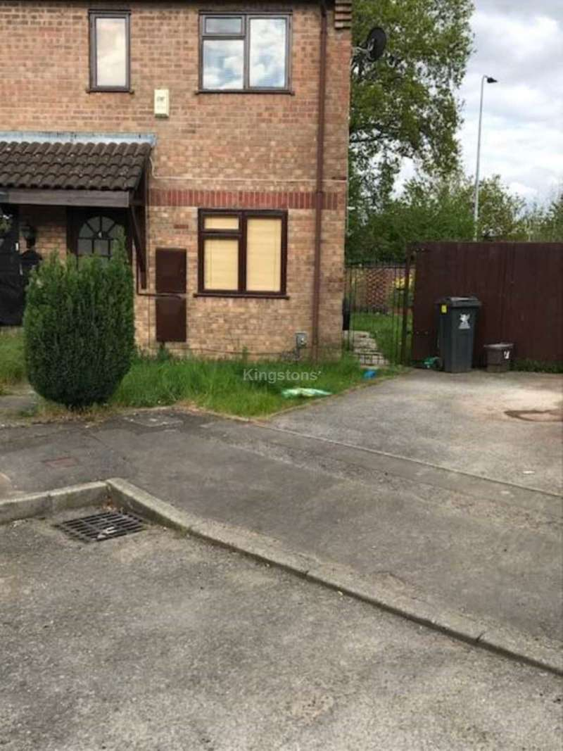 2 Bedrooms House for rent in Chester Close, St. Mellons, CF3 0EP