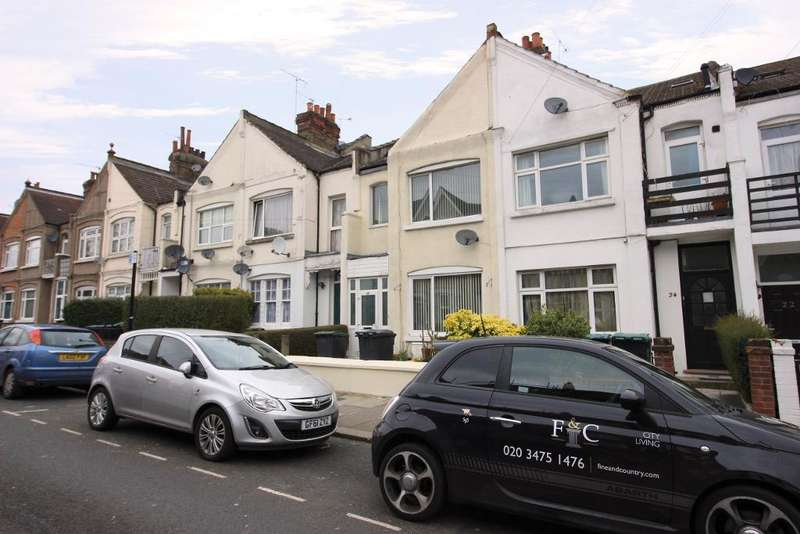 6 Bedrooms Terraced House for sale in Lascotts Road, Wood Green, N22 8JN