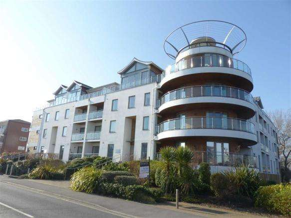 2 Bedrooms Property for sale in Greenhill, Weymouth, Dorset
