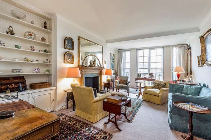 3 Bedrooms Apartment Flat for sale in Cranmer Court, Whiteheads Grove, Chelsea SW3