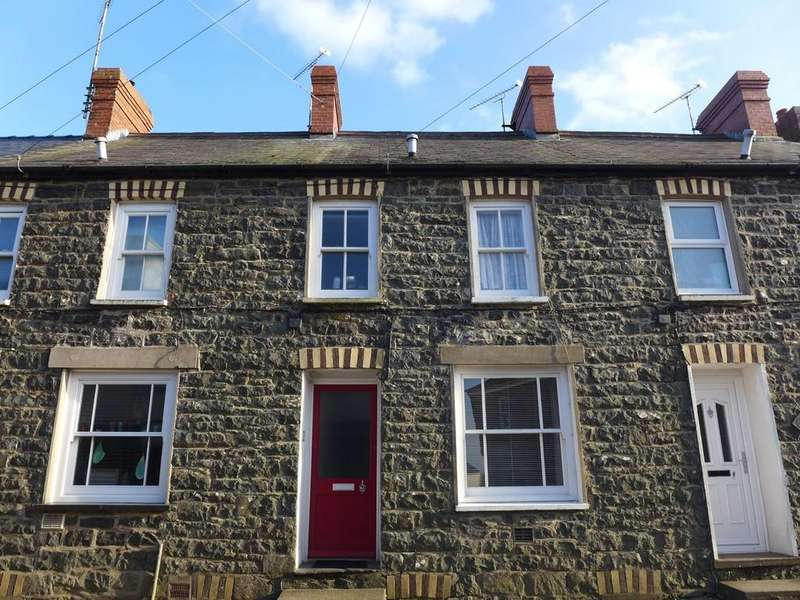 2 Bedrooms Terraced House for sale in Nun Street, St David's