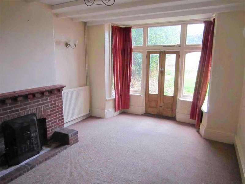 3 Bedrooms Semi Detached House for sale in Axholme Road, Doncaster, DN2 4AW
