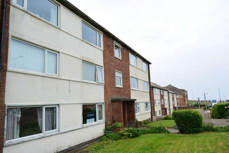 2 Bedrooms Ground Flat for sale in Lindsay Court, St Annes, FY8 2ST