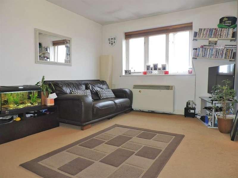 1 Bedroom Flat for sale in Dunlop Close, Dartford, DA1 5LS