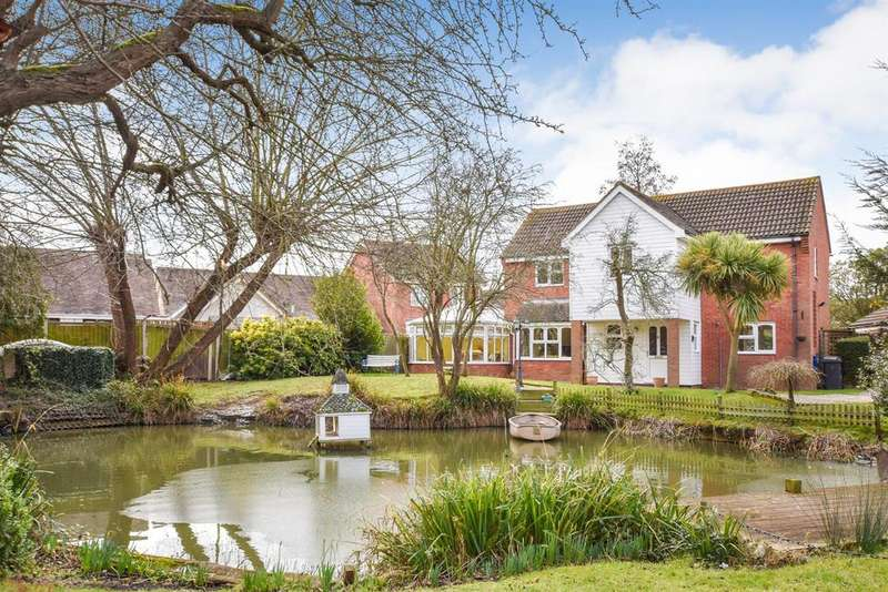 4 Bedrooms Detached House for sale in Littlecroft, South Woodham Ferrers, Chelmsford