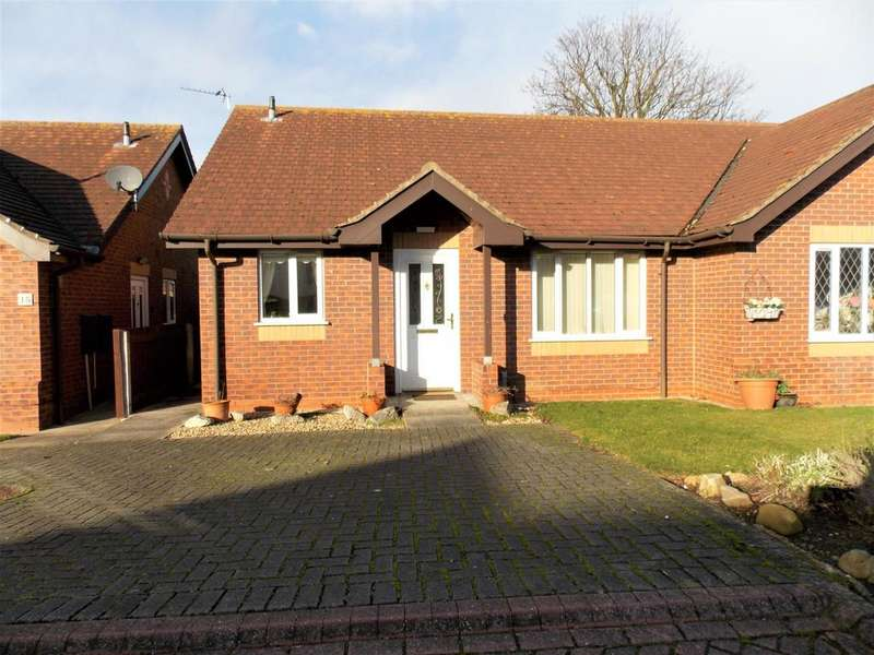 2 Bedrooms Semi Detached House for sale in The Gatherums, Cleethorpes, DN35 8ER
