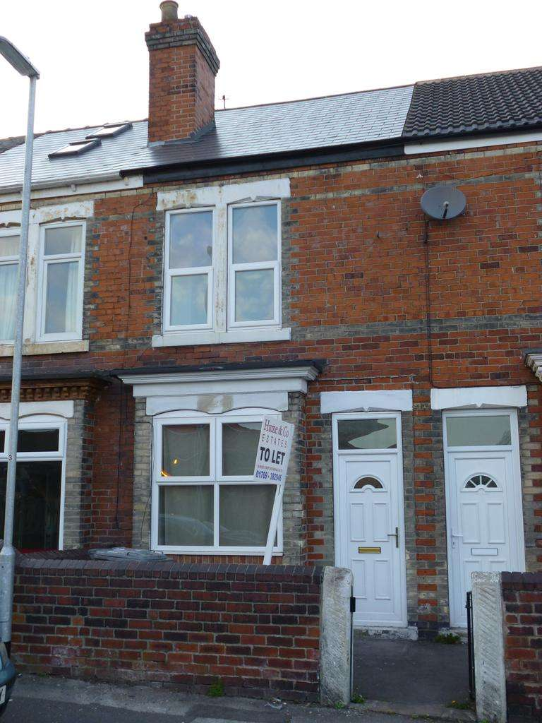 2 Bedrooms Terraced House for rent in Clifton, Rotherham S65
