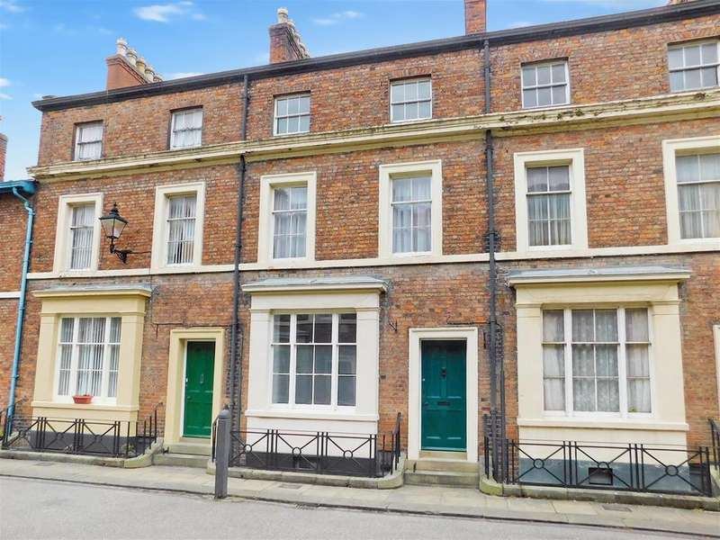 4 Bedrooms Terraced House for sale in Barkham Street, Wainfleet, PE24 4DQ