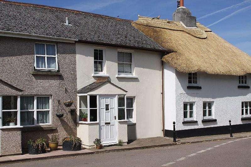 2 Bedrooms Terraced House for rent in Higher Town, Malborough, Kingsbridge
