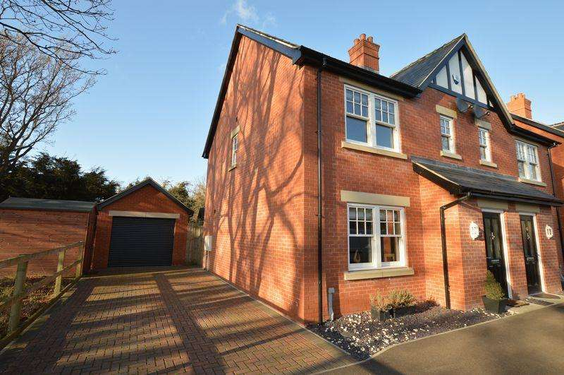 3 Bedrooms Semi Detached House for sale in 65 Bennetts Mill Close, Woodhall Spa