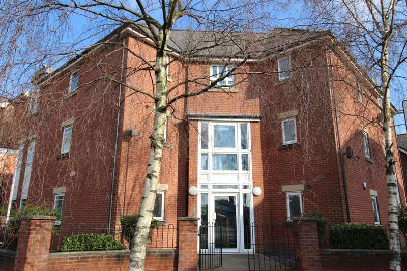 2 Bedrooms Flat for sale in Chorlton Road, Manchester, M15