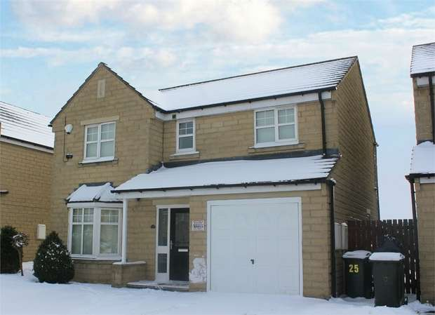 4 Bedrooms Detached House for sale in Woolcombers Way, Bradford, West Yorkshire