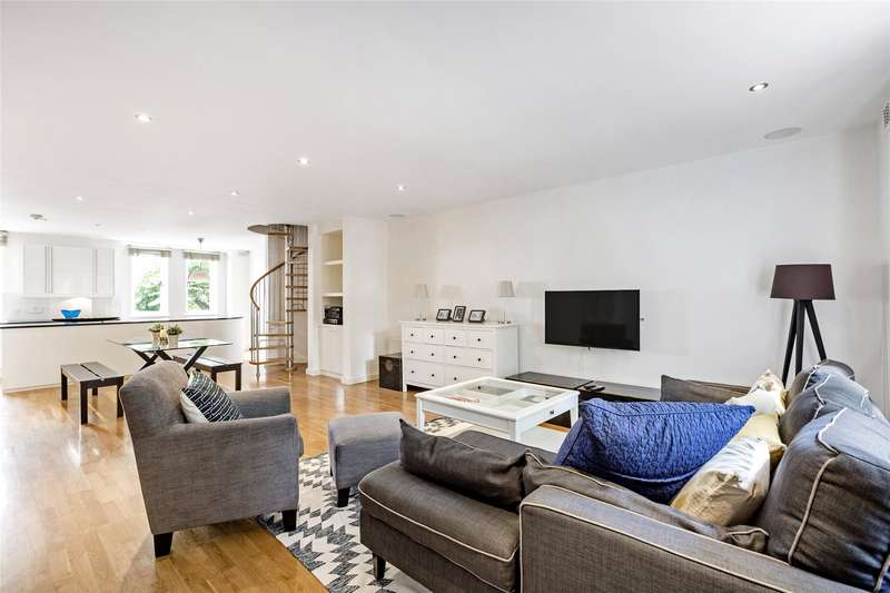 3 Bedrooms Flat for sale in Tedworth Square, Chelsea, London, SW3