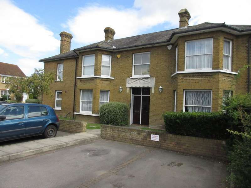 2 Bedrooms Flat for sale in Meadowlea Close, West Drayton, UB7