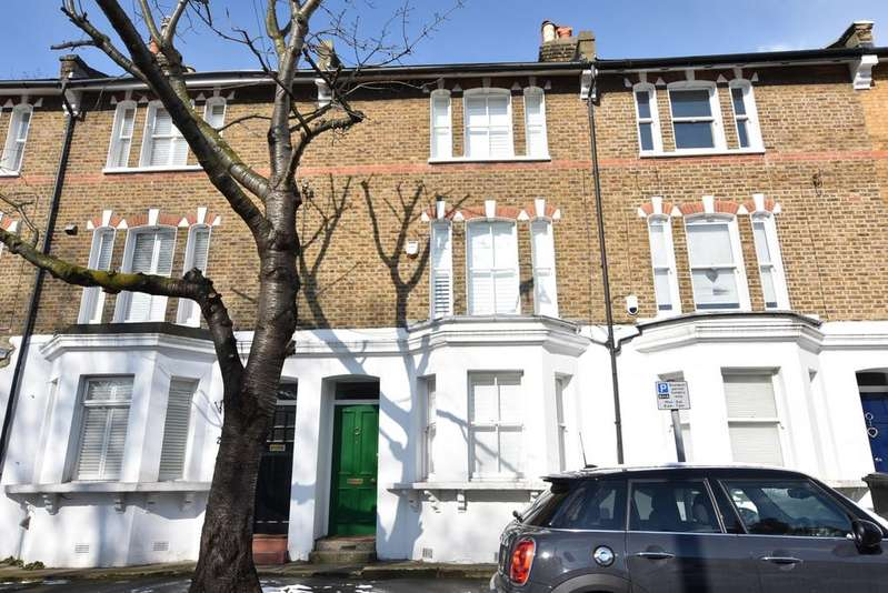 3 Bedrooms Terraced House for sale in Southvale Road London SE3
