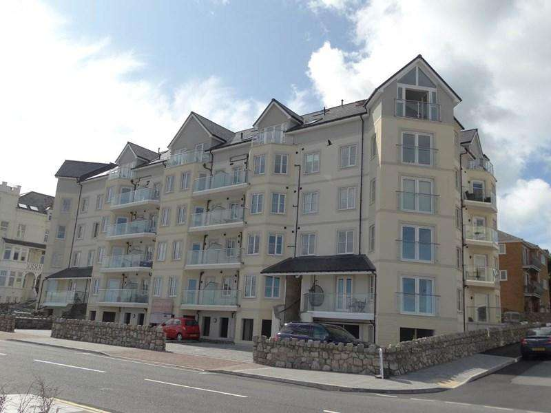 2 Bedrooms Apartment Flat for sale in 22 Ocean View West Promenade, Rhos On Sea