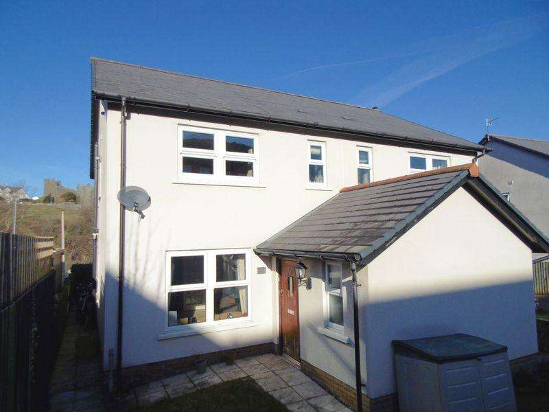 3 Bedrooms Semi Detached House for sale in Coed Y Felin, Conwy