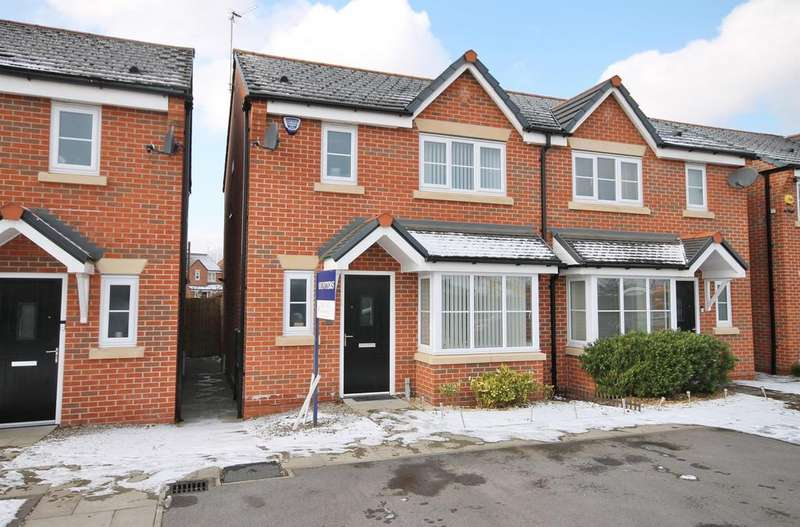 3 Bedrooms Semi Detached House for sale in Shackleton Avenue