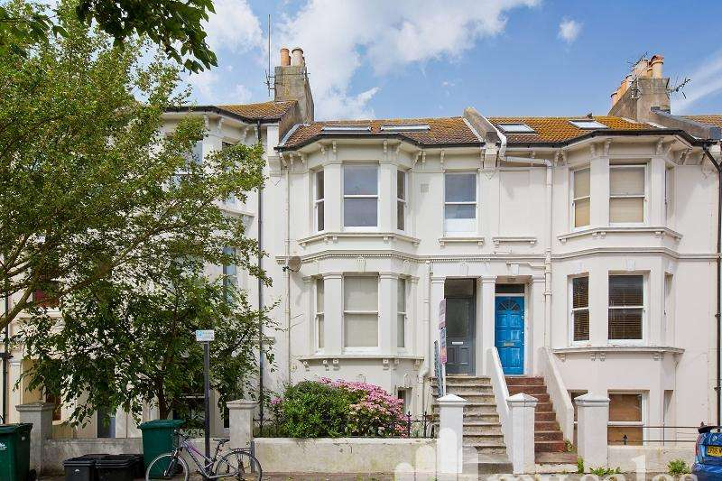 3 Bedrooms Maisonette Flat for sale in Westbourne Street, Hove, East Sussex. BN3