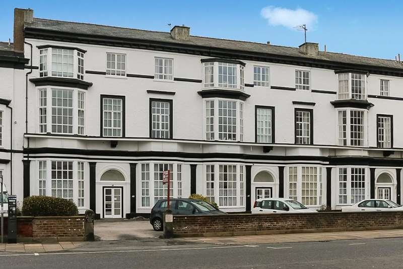 2 Bedrooms Apartment Flat for sale in Agincourt Mansions, Promenade, Southport