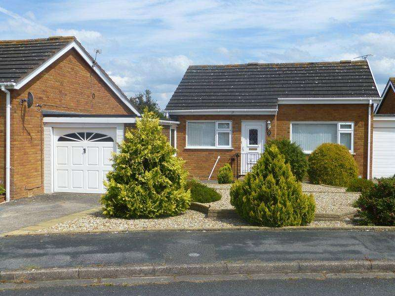 2 Bedrooms Detached Bungalow for sale in Coed Y Mor, Llandudno
