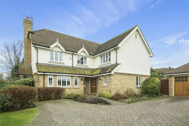 5 Bedrooms Detached House for rent in 13 Goldfinch Gardens, Guildford, Surrey