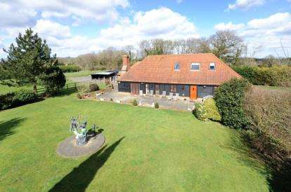 4 Bedrooms Equestrian Facility Character Property for sale in New Road Hill, Downe, Orpington