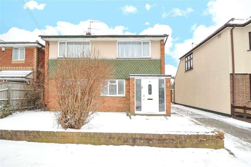 2 Bedrooms Maisonette Flat for sale in Hardy Avenue, Ruislip, Middlesex, HA4