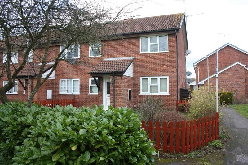 1 Bedroom Flat for sale in Armstrong Way, Woodley, Reading, RG5