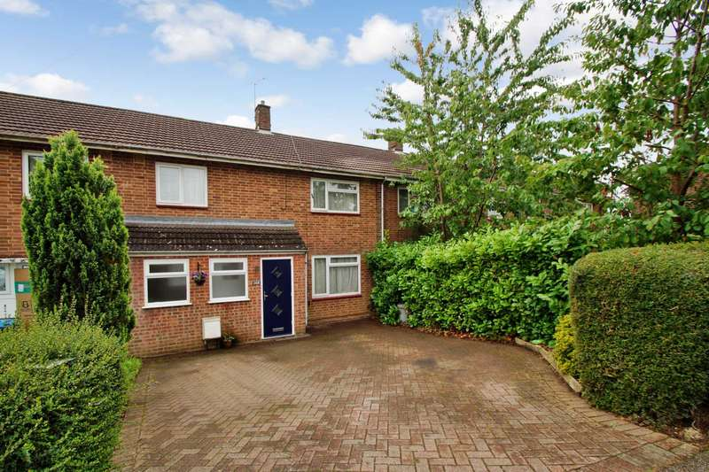 3 Bedrooms Terraced House for sale in 3 BED FAMILY HOME WITH OFF ROAD PARKING