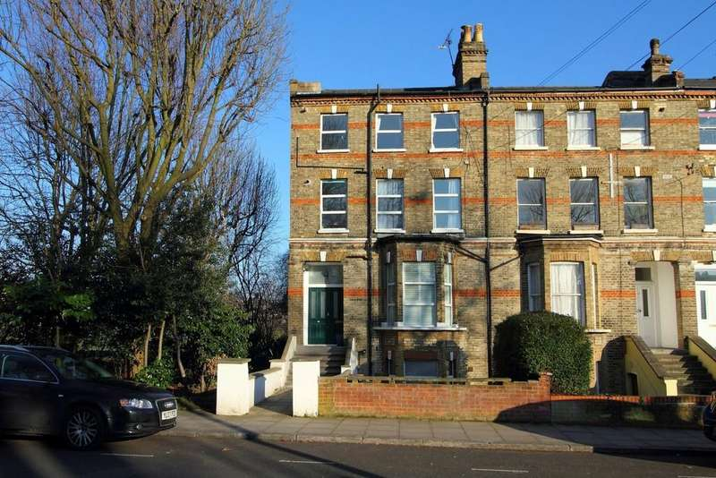 3 Bedrooms Apartment Flat for sale in Wray Crescent N4 3LP